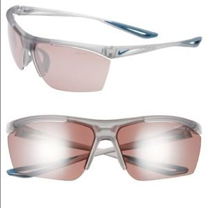 NWT-Authentic Nike Wrap Sport Sunglasses. 65 mm.🎄